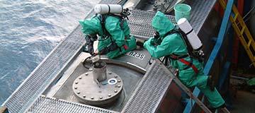 button-marine-chemist